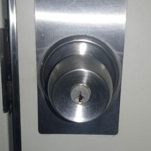 解錠を行った玄関ドアの鍵